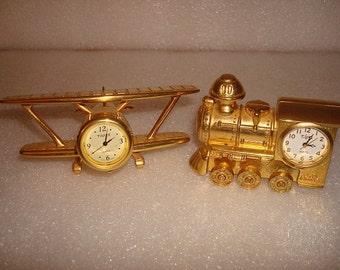 gold plated metal desk clock train