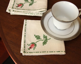 Linen Napkins Embroidered Set, Four Vintage Napkins,  Cross Stitched Napkins