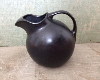 Vintage Hall Black Ball  Pitcher #633 with Ice Lip Guard
