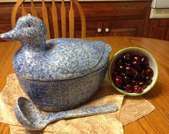 Vintage Spongewear Soup Tureen or Salads Duck With Laddle