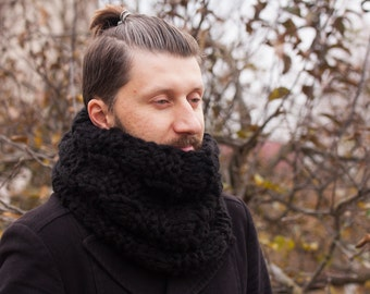 Hand Knit Mens Cowl, Mens Scarf, Chunky Circle Scarf, Gift for Him, Winter Mens Scarf, Mens Accessory, Christmass gift for him, Boyfriend