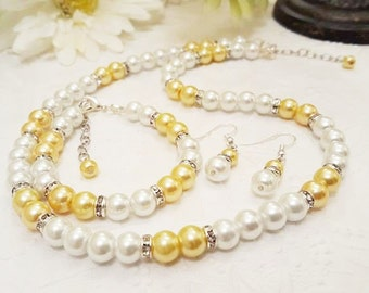 Sale!  Pearl Necklace, Bracelet, and Earring Set - Bridesmaid Gift