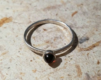 Textured band sterling silver garnet ring, size 6.5