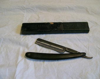 Vintage Alfred Fields & Co. Vanadium Steel Straight Razor - Pre-Owned