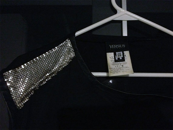 Items similar to versus versace ittierre spa shirt assymetrical silver metal mesh tank on etsy - Salon versace ...