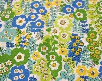 Retro style green blue and yellow floral quilting cotton fabric FQ