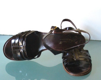 Vintage Made in Italy Martinelli  Brown Patent Leather Sandals Size 10M
