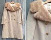 Vintage coat | Fur trimmed union label double breasted tan coat with gold buttons