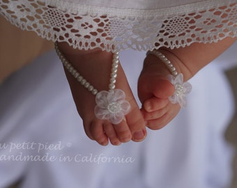 Baby barefoot sandals,baby ankle bracelet,baby shoes,baby jewelry,baptism shoes,christening gift,baby shower gift,white baby barefoot sandal