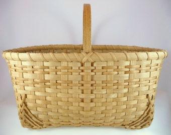"BASKET PATTERN ""Paisley"" Farmer's Market or Vegetable Garden Basket"