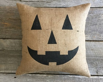 Halloween pillow,Jack O' Lantern Pillow, pumpkin pillow, pumpkin face pillow, burlap pillow, front porch pillow, orange pillow,black pillow