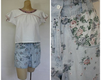 Vintage 1980s Shorts / 80s Vtg Shorts /  1980s High Waist Floral Shorts / Kyoto Casuals Shorts / High Waist Shorts 27W