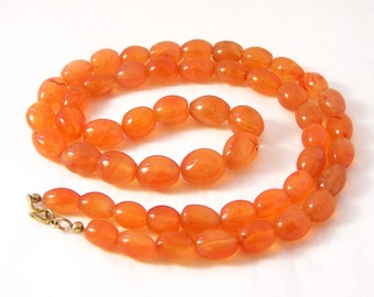 Vintage Orange Agate Necklace, Orange Necklace, Orange Bead Necklace, Graduated Necklace