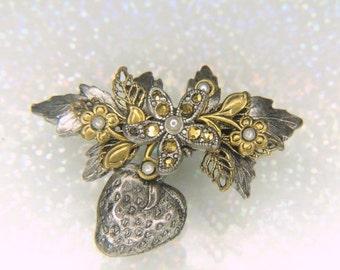 SPRING PRICE BREAK Cara Stimmel Ltd Vintage Brooch
