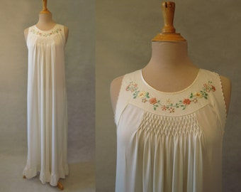 Embroidered Nightgown With Honeycomb Yoke