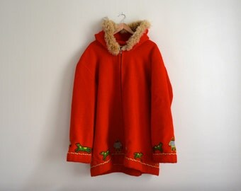 Vintage Canadian Indian Inuit Fox Fur Hooded Wool Parka Jacket. Large Red Wool Winter Cape. Man Eskimo Wool Embroided Coat