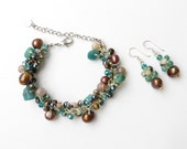 Jewelry set - Green stone bracelet with matching earrings