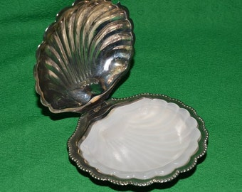Vintage Silver Plated Butter Jam Caviar shell dish made in England