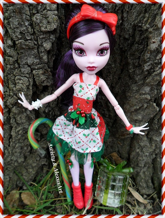 Designer quot christmas holly quot dress amp stocking set fits monster or ever