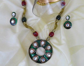 Indian bead and minakari chain jewelry set. Meenakari ethnic necklace from India. Handmade party wear-necklace and earrings. Artikrti.
