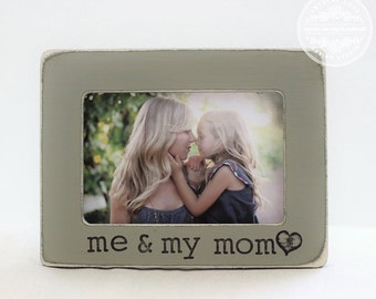Mom Gift Personalized Picture Frame Custom Gift for Mom Mother Mommy Daughter Frame