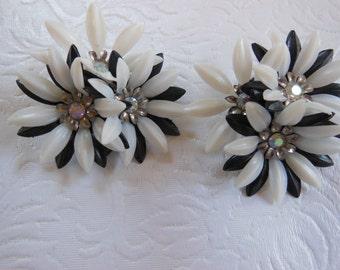 Vintage Coro Black & White Plastic Earrings