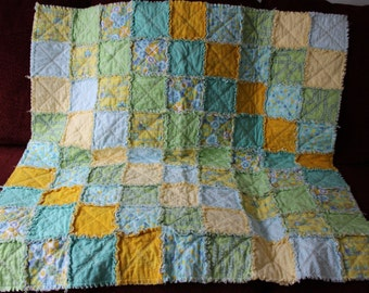 Ragged Quilt ---  Train Themed
