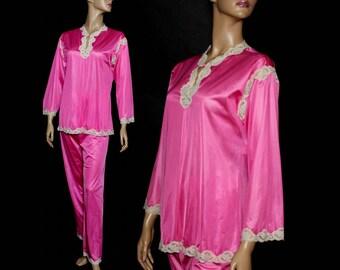 Vintage 1950s pajamas pink nylon Lace Lingerie Viva Las Vegas Burlesque Honeymoon