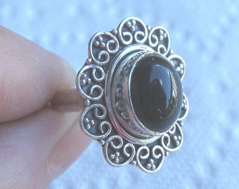 Black Onyx Sterling Silver Ring Size 5 1/2