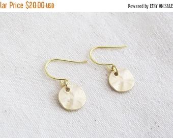 SALE Small Coin Earrings - Bridesmaid Earrings - Gold Earrings - Simple Earrings - Minimal Earrings - Everyday Earrings - Gift Earrings
