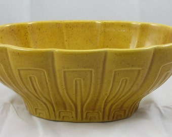 Haeger  gold  pottery