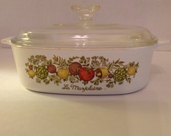 Corning Ware Spice Of Life 2 Qt. Casserole Dish with Clear Lid