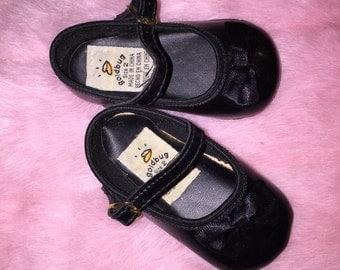 VTG Goldbug Baby Girl Mary Jane Dress Shoes Black Sz 2 Bow