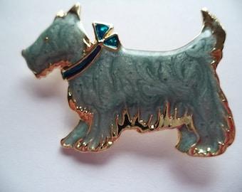 Fabulous Unsigned Vintage Goldtone/Smokey Blue Scottie Dog Brooch/Pin