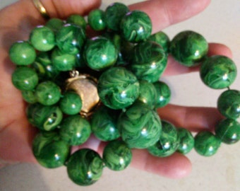 Green Swirl Lucite Necklace