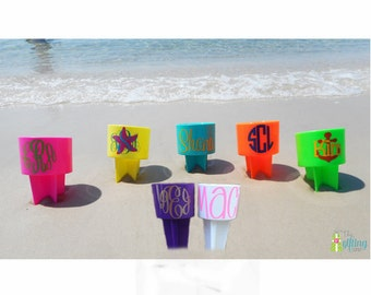 Monogrammed Beach Spiker, Personalized Beach Cup, Sand Spike, Beach Cup Holder, Drink Holder, Sand Cup with Vinyl Monogram
