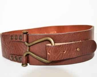 just b -M wide leather belt Women