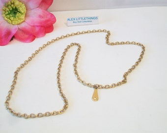 Vintage Classic Chain Oval Link Charm Necklace Gold Tone Costume Jewelry