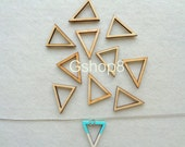 Wood Triangles, 10 Unfinished Wood Triangles for Jewelry, Geometric Jewelry,