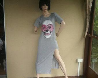 Long grey Tattoo flash skull roses T-shirt punk dress sugar skull.