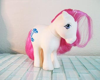 My Little Pony Morning Glory Birth Flower Pony Concave Feet White Horse Toy 1980s Hong Kong Flowers Pony