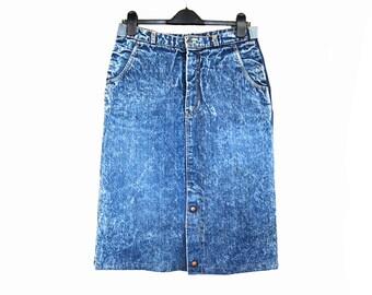 Vintage blue acid wash jean denim pencil skirt midi jeans skirt made in Yugoslavia // size L