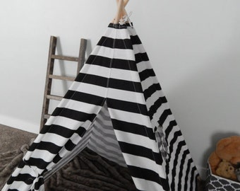 Kids Play Teepee in Black and White Medium Horizontal Stripe Canvas