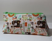 Zippered Flat Bottom Case Sewing Notions Themed Sewing Machine