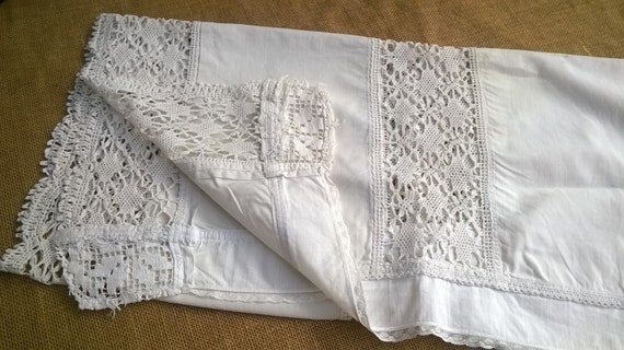 Long Victorian Runner White French Cotton Lace Inlay Curtain Sewing Assemblage #sophieladydeparis