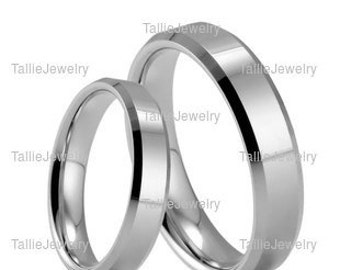 platinum his and hers matching ringswomens wedding