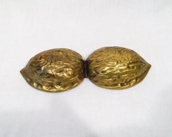 Brass Nutcracker, Brass Walnut nutcracker, Brass Walnut Box, Brass Nut, Walnut Cracker, Solid Brass, Vintage nutcracker