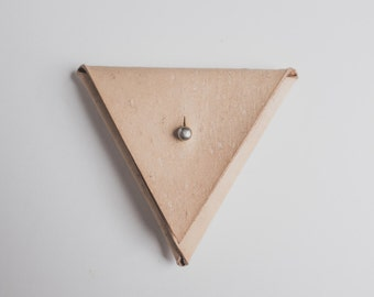 Triangle Leather Coin Purse Natural