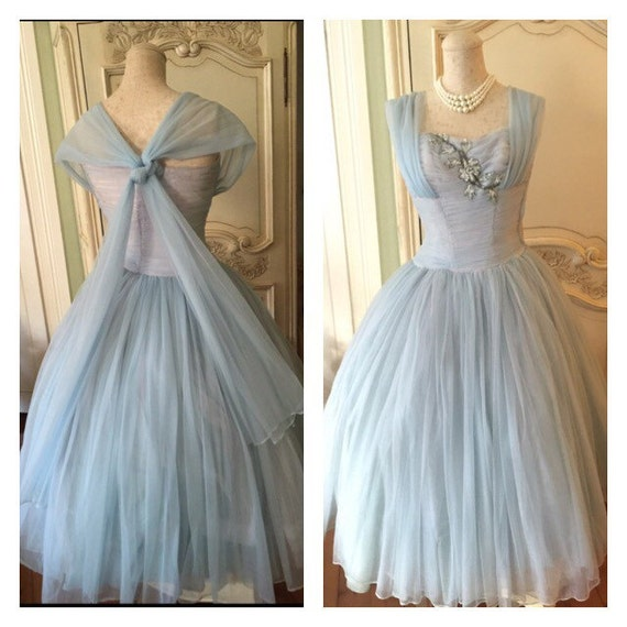 des ann es 50 robe de soir e robe vintage des ann es 1950. Black Bedroom Furniture Sets. Home Design Ideas