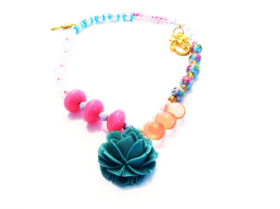 LINDSEY ROSE NECKLACE Lucy